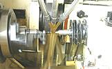 熟练△的专业人员及最新的工厂设备